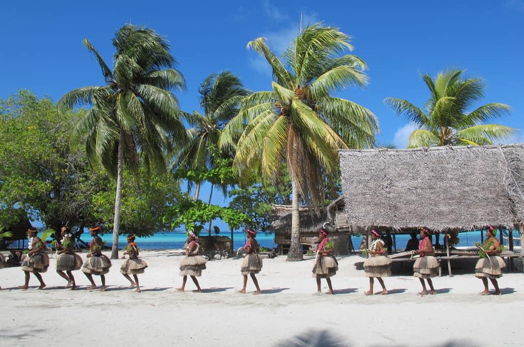 Budi Budi Atoll Coral Expeditions