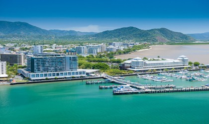 Coral Expeditions: Great Barrier Reef | Cairns - Hinchinbrook Island - Lizard Island - Cairns | 7 Nights 6