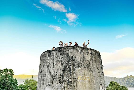 Coral Adventurer Maiden Voyage Hatta Island & Banda Neira Fort
