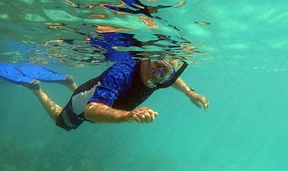 Snorkel Rumwakon Reef Pulau
