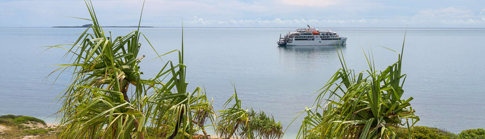 Stanley Island-Northern Australia-Coral Expeditions