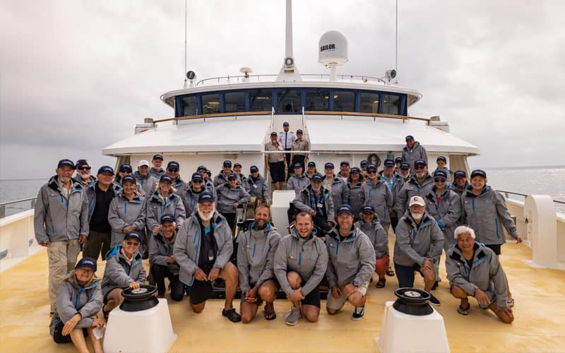 Mackay Cay Day 9 - Citizen Science Voyage GROUP PHOTO